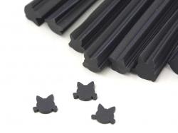 Cane tête de chat noir