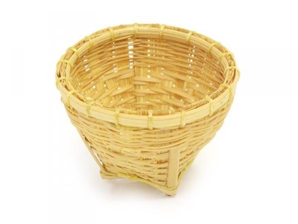 1 small wicker basket - 3.8 cm
