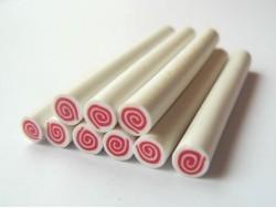 Acheter Cane gâteau roulé framboise et crème - 0,99€ en ligne sur La Petite Epicerie - 100% Loisirs créatifs