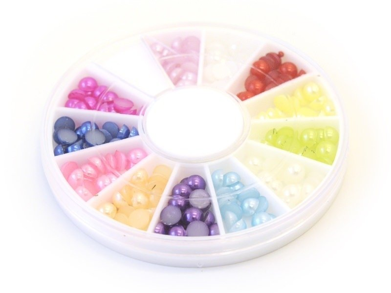 Box with small, round cabochons - 4 mm
