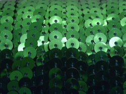 1m ruban sequins 6 x 6 mm - vert métallisé