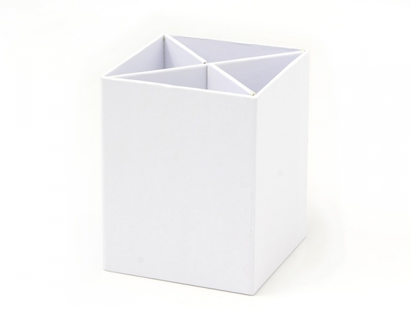 Pot à crayons carré en carton à customiser