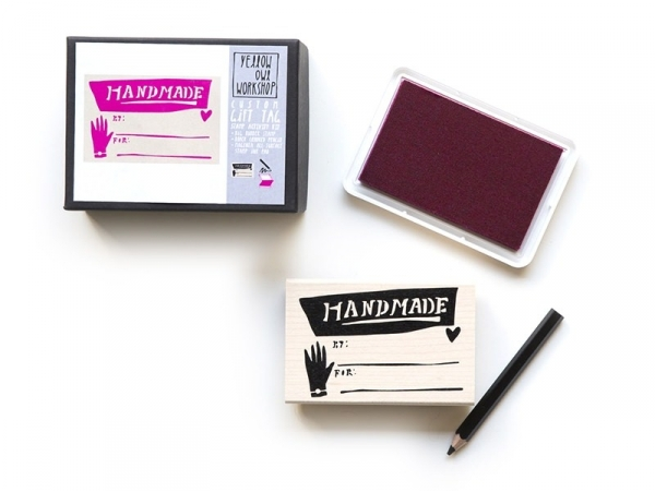 """Gift tag stamp with the word """"handmade"""" + pink ink pad + black pencil"""