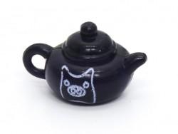 1 Teekanne mit Schweinchen