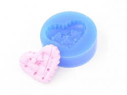 Silicone mould - heart-shaped biscuit with a small bow
