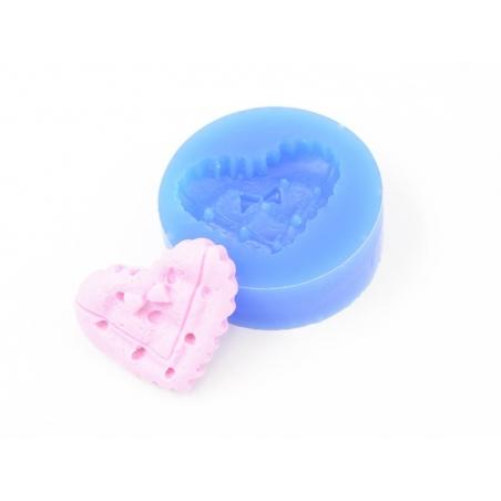 Acheter Moule en silicone - Biscuit coeur avec petit noeud - 3,90€ en ligne sur La Petite Epicerie - Loisirs créatifs