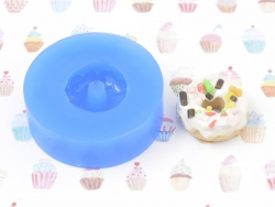Silicone mould - doughnut with whipped cream and sauce
