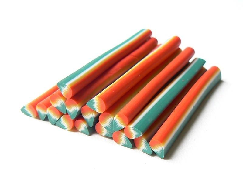Cane pétale vert et rouge en pâte fimo - à découper en tranches  - 1