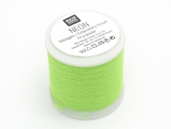 20 m bobbin of neon-coloured embroidery thread - green