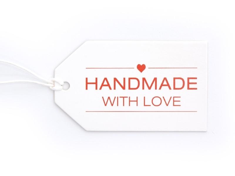 "1 Etiquette cartonnée - ""Handmade with love"""