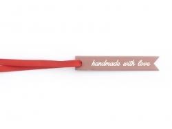 """1 étiquette fine cartonnée """"Handmade with love"""""""
