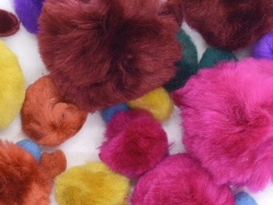 Acheter Pompons - Fashion - 2,85€ en ligne sur La Petite Epicerie - 100% Loisirs créatifs