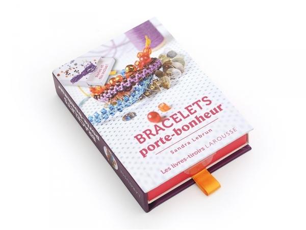 Acheter Coffret livre à tiroir - Bracelets Porte-Bonheur - 5,95€ en ligne sur La Petite Epicerie - Loisirs créatifs