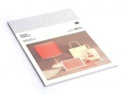 10 feuilles de carton blanc à broder Rico Design - 1
