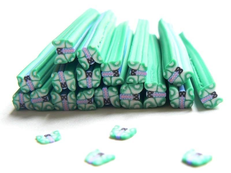 Acheter Cane papillon vert clair en pâte fimo - à découper en tranches - 0,99€ en ligne sur La Petite Epicerie - 100% Loisir...