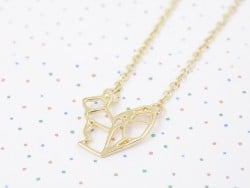 Delicate squirrel necklace - gold-coloured