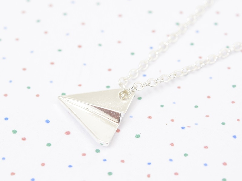 Acheter Collier fin avion de papier - argenté - 9,90€ en ligne sur La Petite Epicerie - 100% Loisirs créatifs