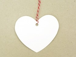 20 étiquettes coeur et leur ficelle - blanc