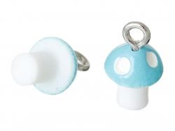 1 blauer Pilzanhänger aus Kunststoff