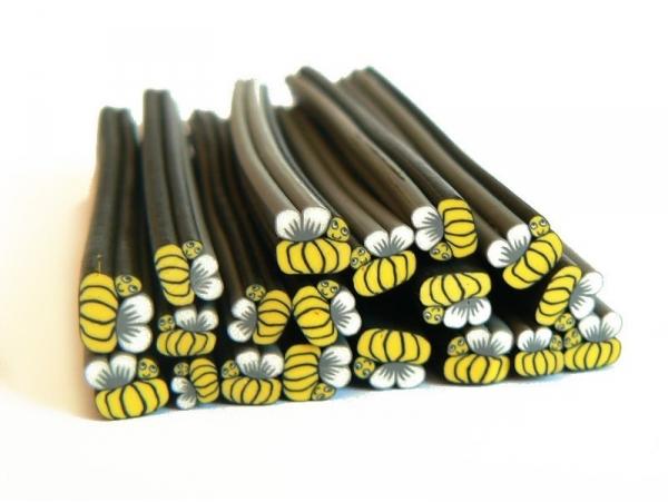 Cane abeille - en pâte polymère