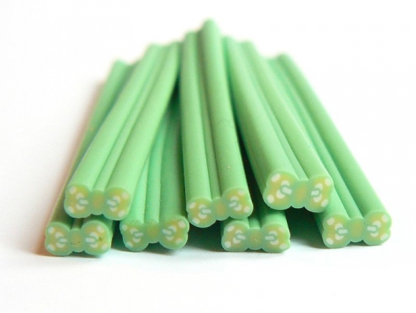 Bow cane - green with polka-dots
