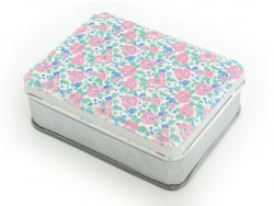 Small storage box with a floral pattern - pink and blue