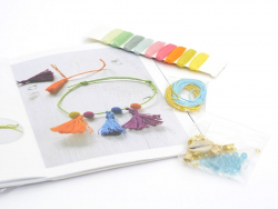 """Buch + Schmuckkit """"Bracelets du Monde"""""""