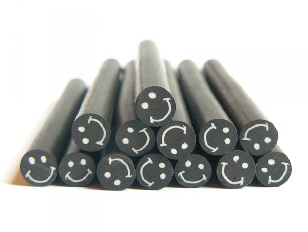 Acheter Cane sourire Noir- en pâte polymère pour le modelage - 0,99€ en ligne sur La Petite Epicerie - Loisirs créatifs