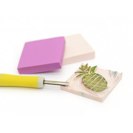 Rubber carving block for the creation of stamps - light pink