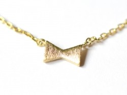 Zarte Halskette mit Schleifenanhänger - goldfarben
