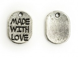 """1 Breloque """"Made with love""""- argent foncé"""