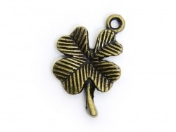 1 four-leaf clover charm - bronze-coloured