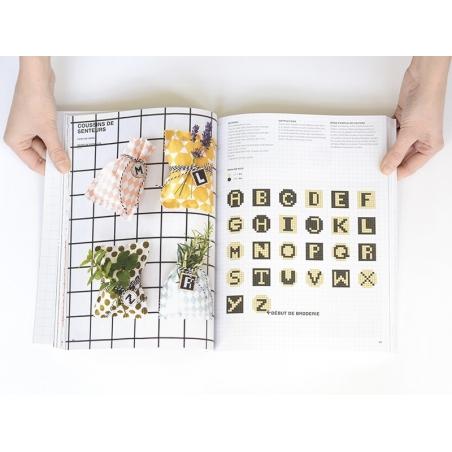 Livre 99 projets de broderie pour moi et ma maison Rico Design - 3