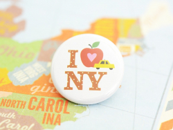 Badge I love NY par fifi Mandirac