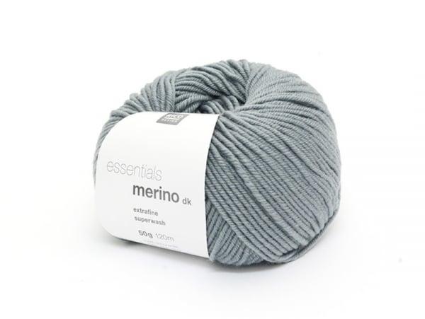 """Acheter Laine à tricoter """"Essentials merino"""" - bleu grisé - 6,10€ en ligne sur La Petite Epicerie - 100% Loisirs créatifs"""