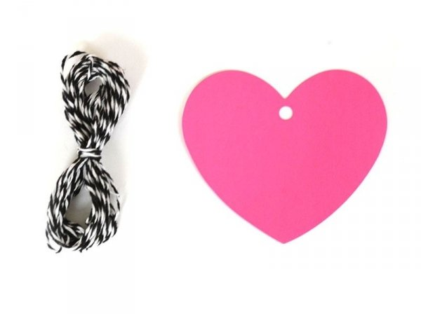 20 heart-shaped gift tags and a cord - neon pink