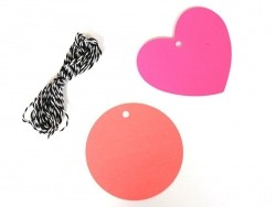 20 round gift tags and a cord - pink