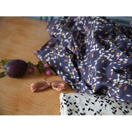 Acheter Tissu géométrique - Twist dark blue - 1,89€ en ligne sur La Petite Epicerie - Loisirs créatifs