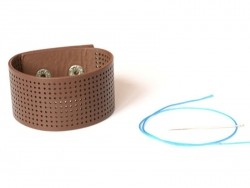 Breites Armband zum Besticken - braun