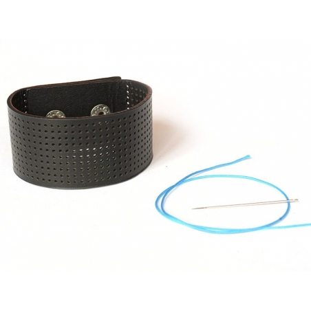 Wide embroidery bracelet - black