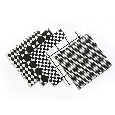 20 fabric remnants (13.5 cm x 13.5 cm) - 5 patterns