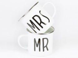"Lot de 2 Mugs  "" Mr & Mrs"""
