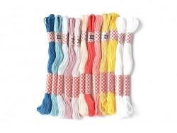 Set de 10 couleurs de fil à broder