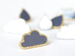 1 button in the shape of a cloud - Blue and gold