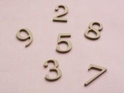 Die Zahl 9 zur individuellen Gestaltung - aus Pappmaschee