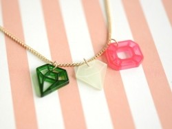 Diamond necklace - pink and green