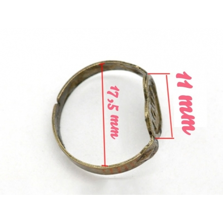 """1 bronze-coloured ring blank with the word """"Love"""""""
