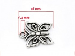 1 silver-coloured butterfly charm