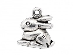1 small, silver-coloured rabbit charm