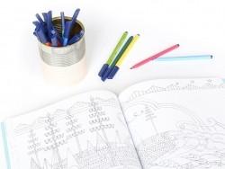 Box with 10 felt pens